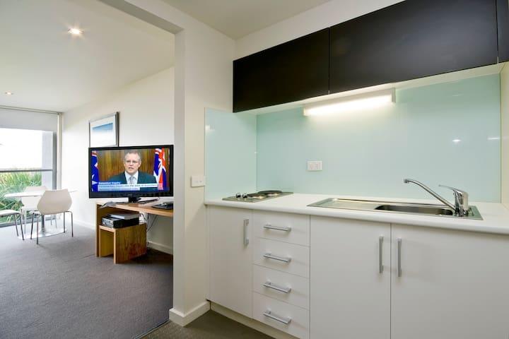 Deluxe spa apartment - Lorne - Departamento