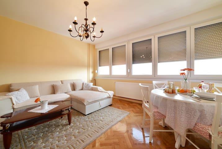 Romantic accommodation nearby lake - Zagreb - Bed & Breakfast