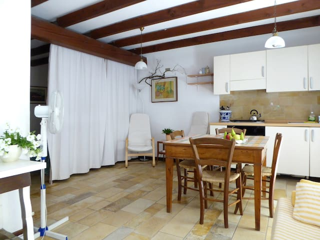 Cosy apartment 1 min to the lake I - Garda - Departamento