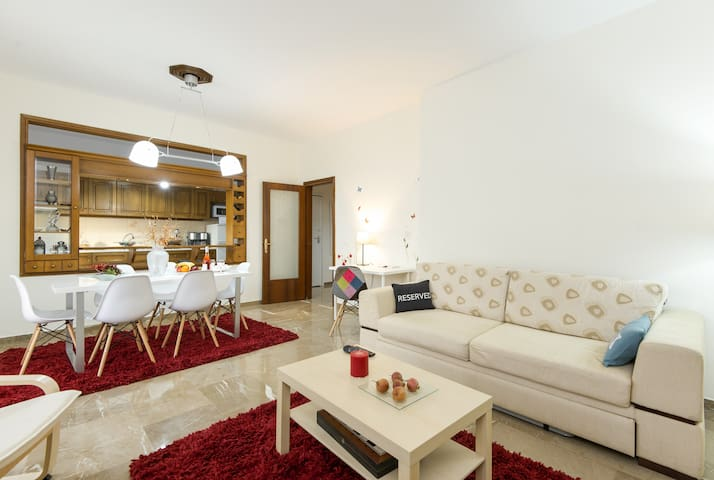 Luxury, Modern, Well-Located and Spacious - Polichni - Wohnung