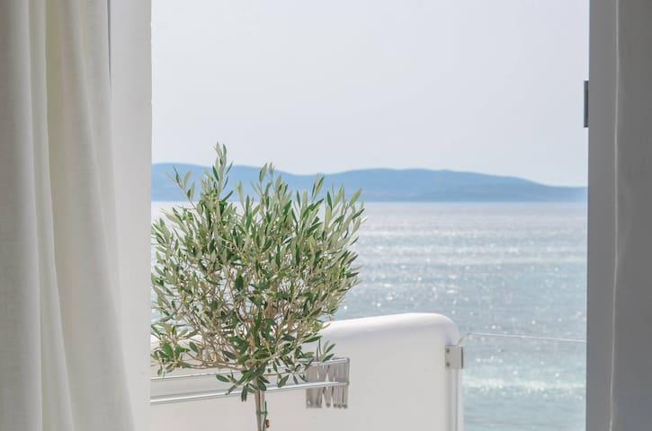Naxian Breeze, Newly Suite with Sea views! - Αγία Αννα - Lägenhet