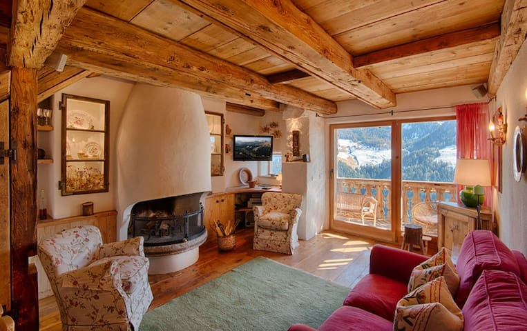 Beautiful chalet in the heart of the Dolomites - La Valle - Dağ Evi