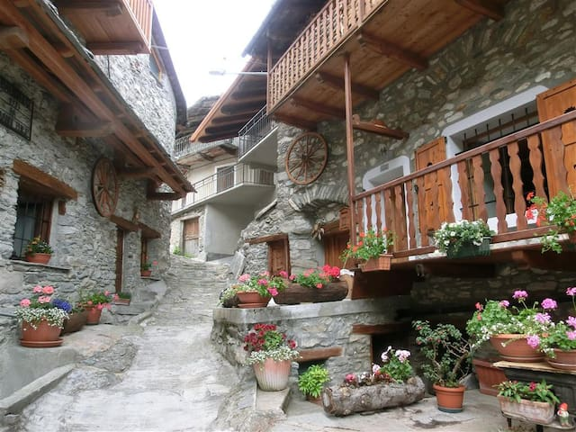 B&b La Toureto - Casteldelfino - Bed & Breakfast
