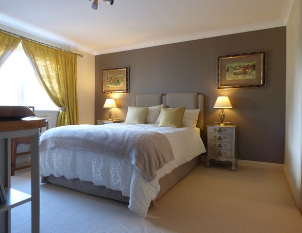 Private en suite room in Lelant, St Ives, Cornwall - Cornwall - 獨棟