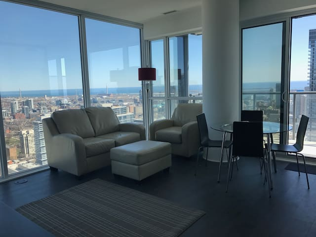 Luxury - Downtown - The best view possible - Toronto - Lyxvåning
