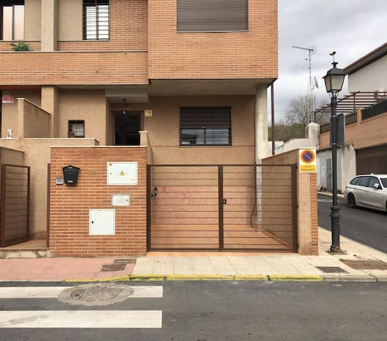 Casa en Pulianas, Granada - Pulianas - Stadswoning