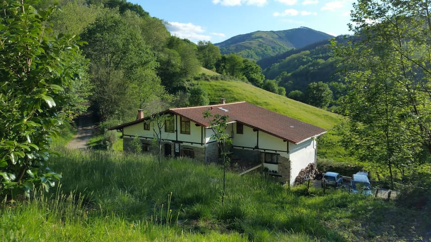 Casa Rural**2p B&B Pikukoborda H2 - Lesaka - Bed & Breakfast
