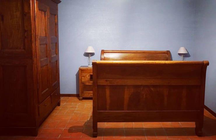 La Casa Blu Bed & Breakfast_ROOM 1 - San Desiderio - Oda + Kahvaltı
