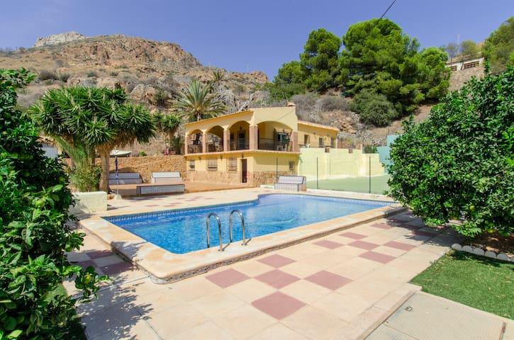 Casa con piscina y preciosas vistas - Portman - 公寓