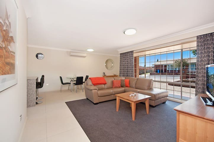 City Two Apartment - Mount Gambier