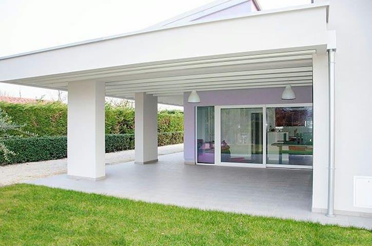 Luxury modern top relax Bardolino - Bardolino - Leilighet