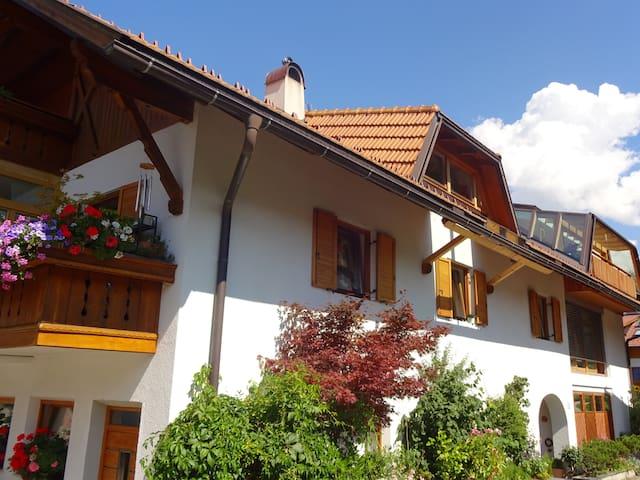 Bio.top.Appartement-Dolomiten KRONPLATZ - BIATHLON - Rasen-Antholz - Daire