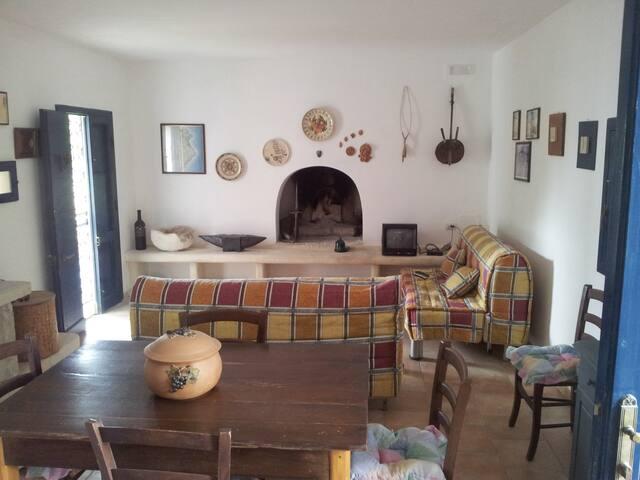 Villa Litoranea OtrantoPortoBadisco - otranto - Hus