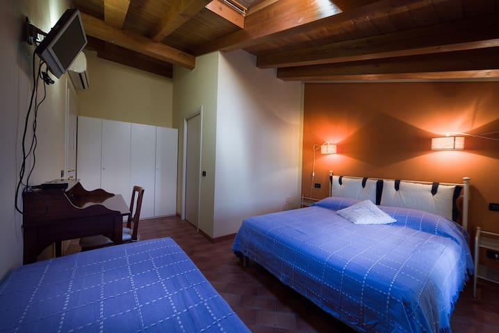 Mantova è a due passi - Porto Mantovano - Bed & Breakfast