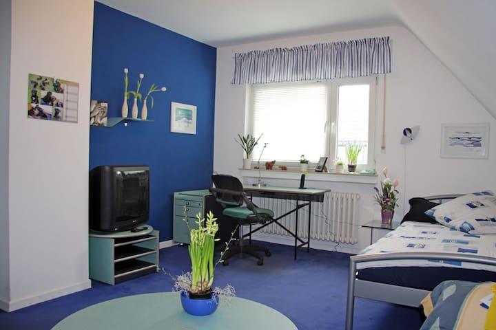 Einliegerwohnung im 2-Familienhaus - Ratingen - Lägenhet
