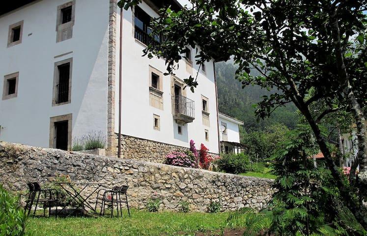 Casona-palacio encanto Asturias.  - Toraño - Casa