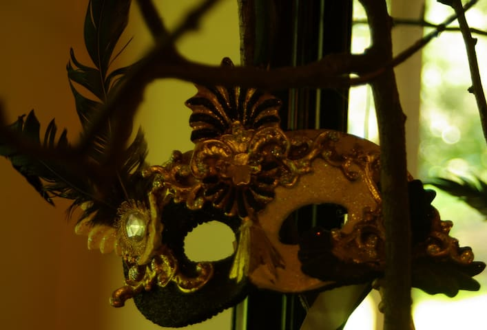 Masquerade - Kalorama - Casa