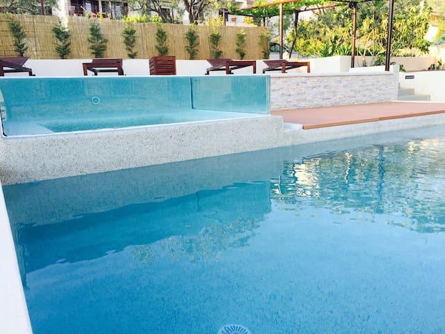 Pula's best late bird pool&hot tub - Πούλα - Διαμέρισμα