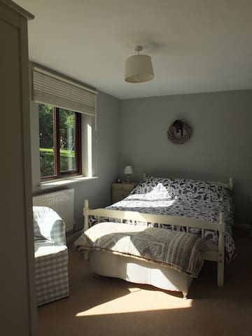 Self contained apartment annexed to village house - Abbotsley - Appartement