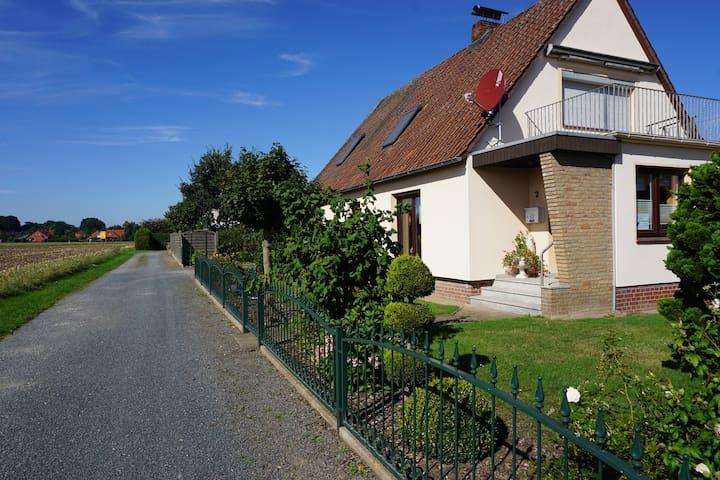 Gemütliche Ferienwohnung Grimmelmann, Eystrup - Eystrup - Daire
