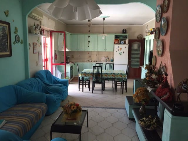 Fantastic room near the airport of Naples! - Casavatore - Talo