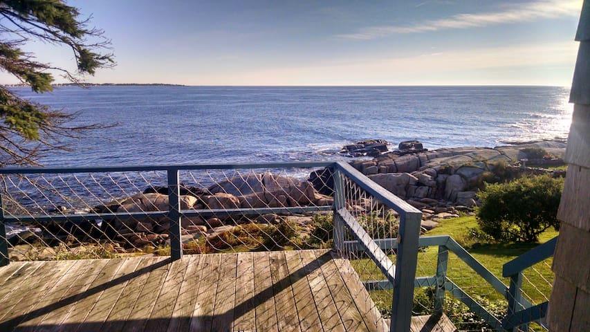 Quintessential Maine Oceanfront! - Biddeford