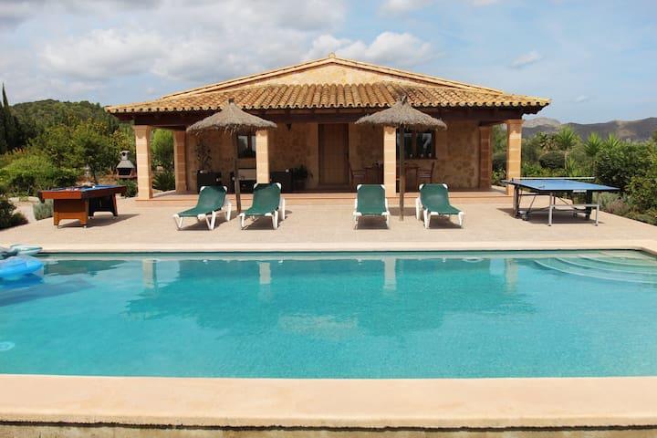 Villa con piscina, se incluye excursión en barco. - Pollença