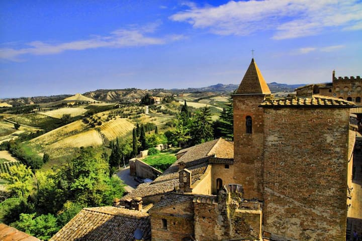 Medieval Tuscany near Florence - チェルタルド - アパート