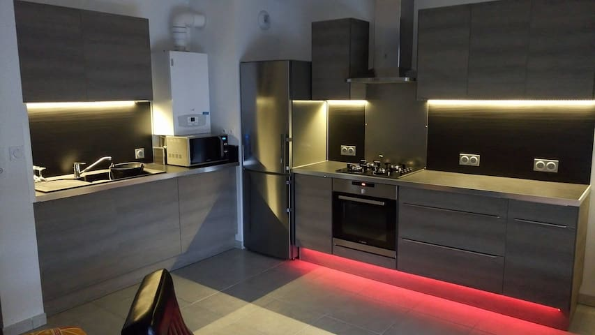 Appartement moderne proche de Lyon - Lentilly - Apartemen