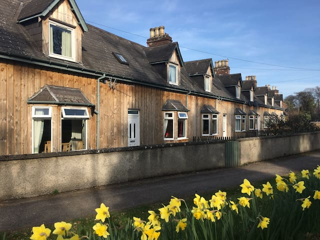 3 Dalmore Farm Cottages, Alness - Highland - Haus