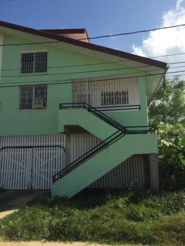 Vista DelMar Townhouse - 15 Minutes to Belize City - Ladyville