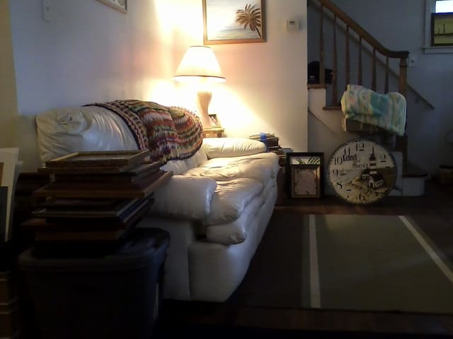 quiet neighborhood - Winfield - Lägenhet
