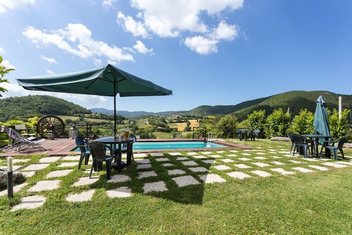 3 Mini loft, giardino e piscina - Spoleto - Daire