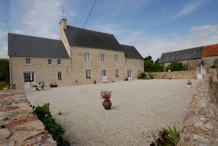 B&B Grandes Portes Normandy, France - Flottemanville - Bed & Breakfast