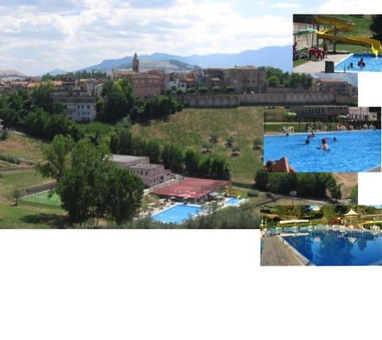 piscina e c benessere, 20 m mare - Castilenti - Appartement