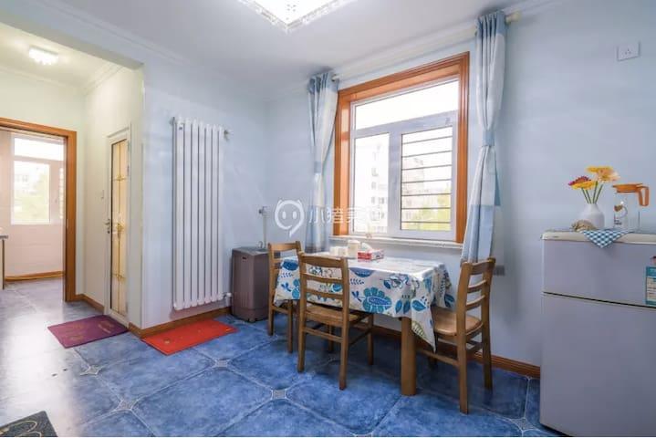 近五四广场、奥帆中心 一居室 闹中取静的温馨家庭公寓 - Qingdao - Appartement