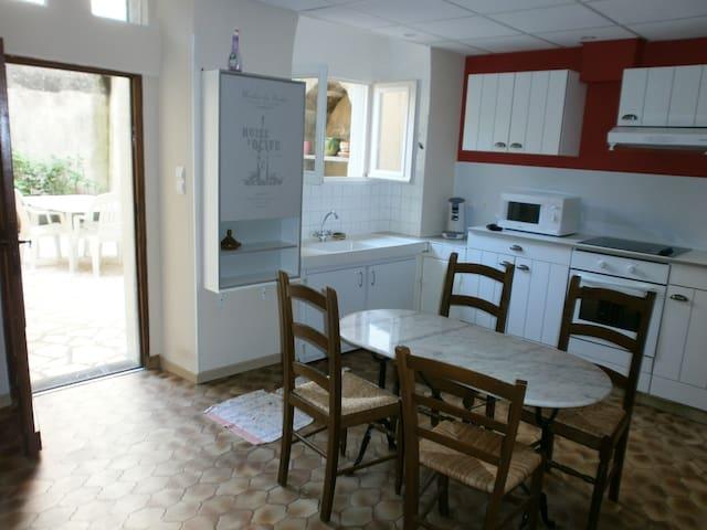 Appartement meublé centre ville - Figeac - Daire