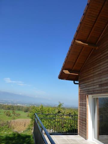 Lovely house with beautiful view! - Dingy-en-Vuache - Ev
