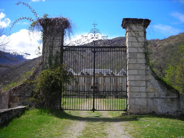 Luxury Mountain Retreat by Chateau - Château-Verdun - Lägenhet