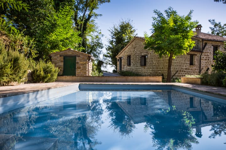 Italian Country Home with Pool - Cupramontana - Ev