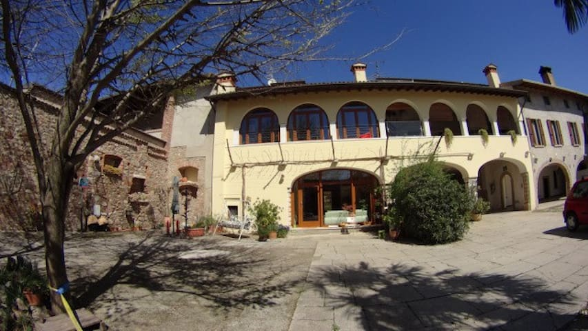 B&B near Garda Lake in countryside - Bedizzole - Квартира