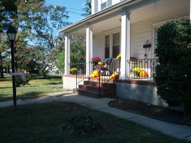 Charming Country Home - Mount Holly - Hus