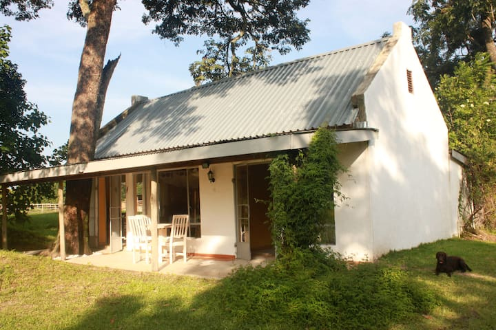 Private guest cottage on a farm 2 - Kitwe - Konukevi