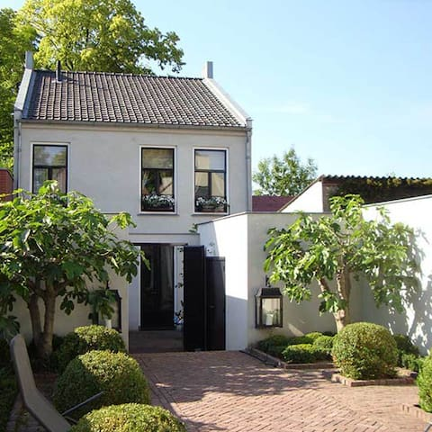 "B&B  "" Stadslogement Oudewater"" - Oudewater - Bed & Breakfast"