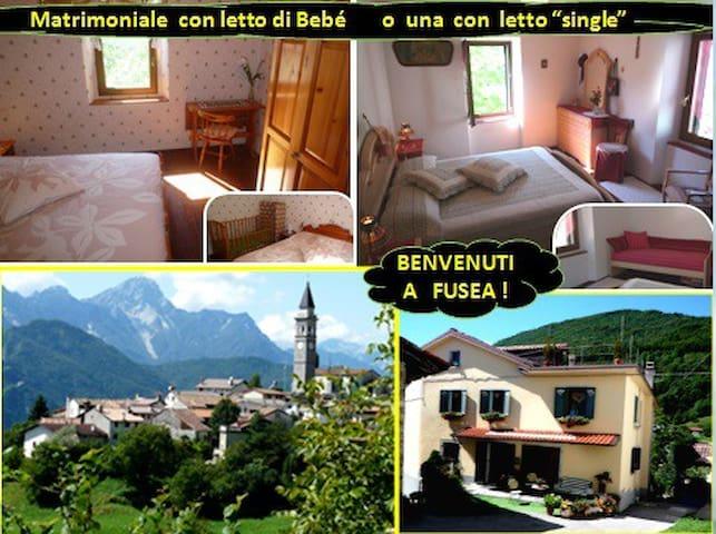 """Coppia con Bimbo """"gratis fino a 4 anni a 696m alt. - FUSEA deTolmezzo - Huis"""