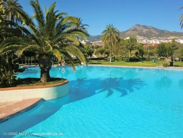 Lovely apartm with see views directly on the beach - Benalmádena - Appartement