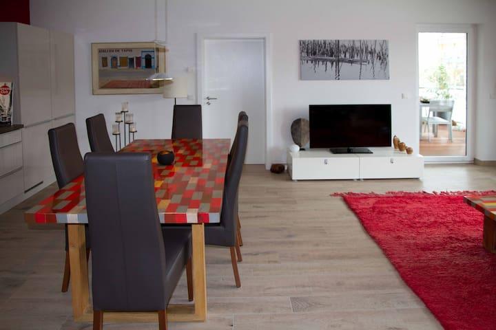 Moderne Zwei-Zimmer-Wohnung, 76 qm - Saarlouis - Appartement
