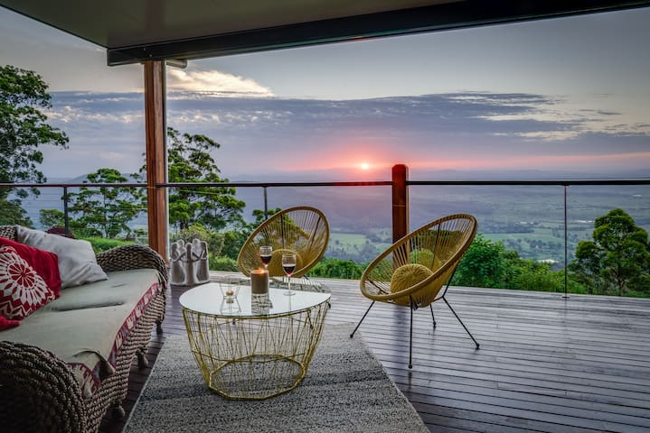 Rendez-vous on Tamborine - Tamborine Mountain - Bed & Breakfast