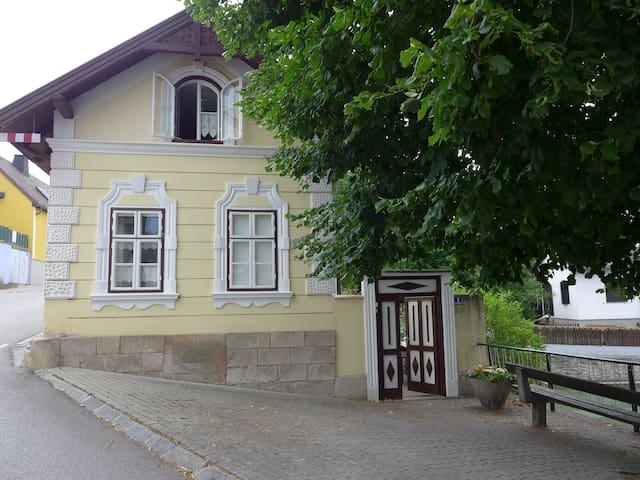 Ferienhaus am Schwimmteich - Brunn an der Schneebergbahn - Hus