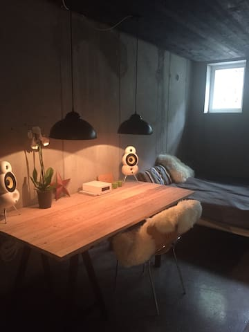 Big new yorker room - Søborg - Dom